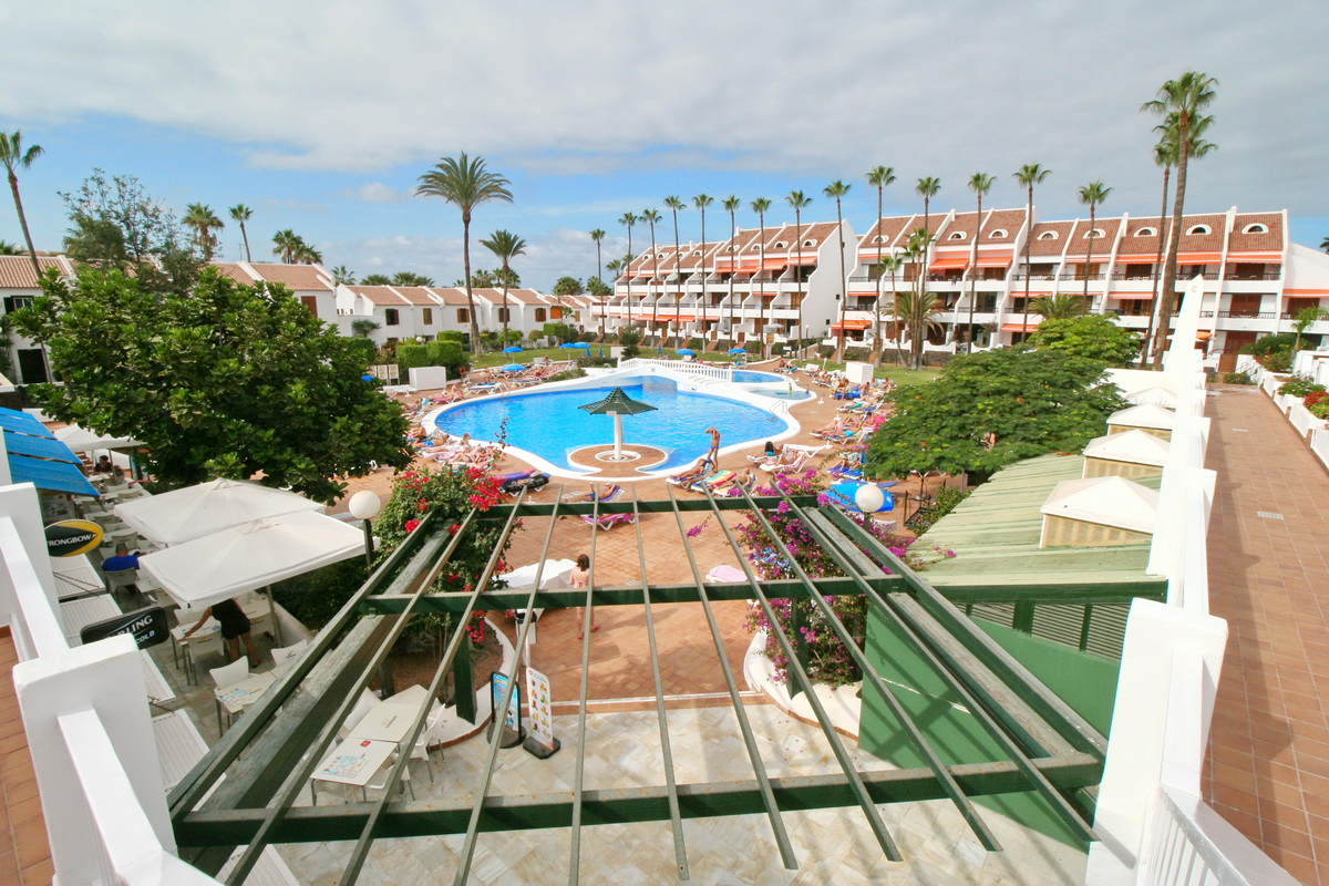2 bedrooms – investment opportunity – Las Americas