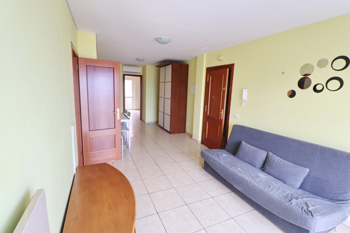 For rent – 3 bedrooms – 2 bathrooms Armeñime